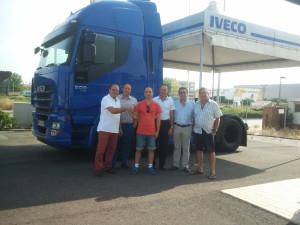 Entrega del Iveco 500 Stralis al nuevo socio, Guillermo.